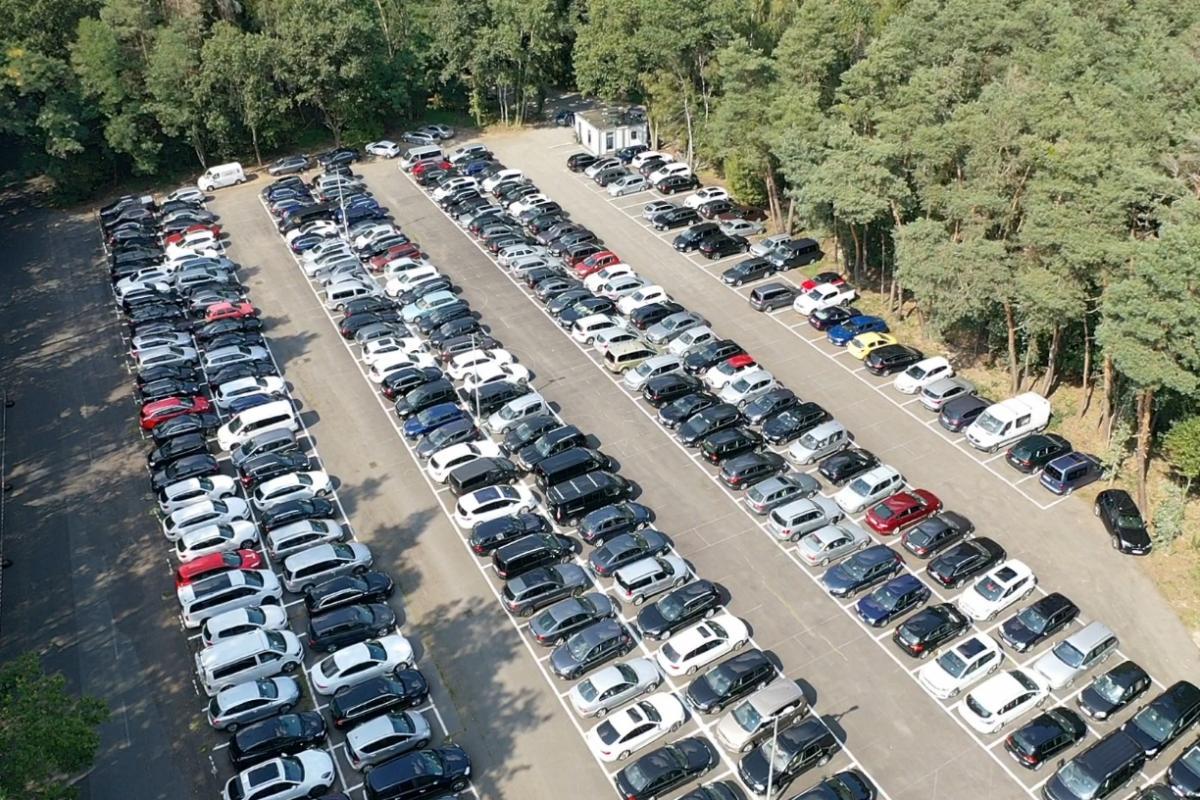 Außenparkplatz Parkfuchs24
