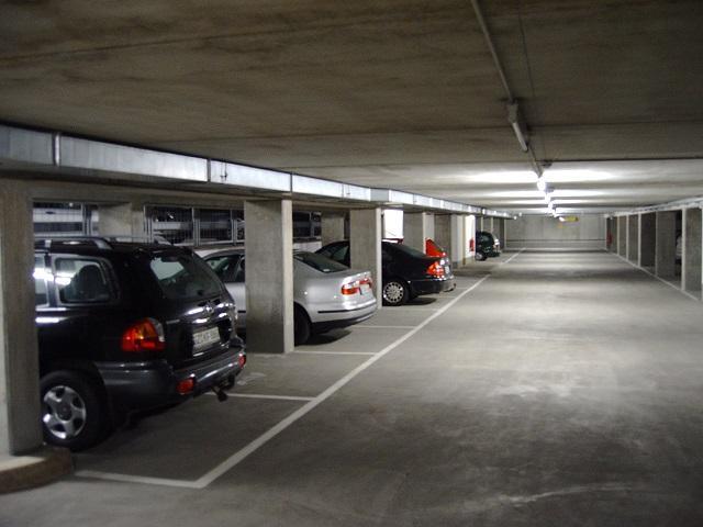 Valet-Parking Park-to-fly-service