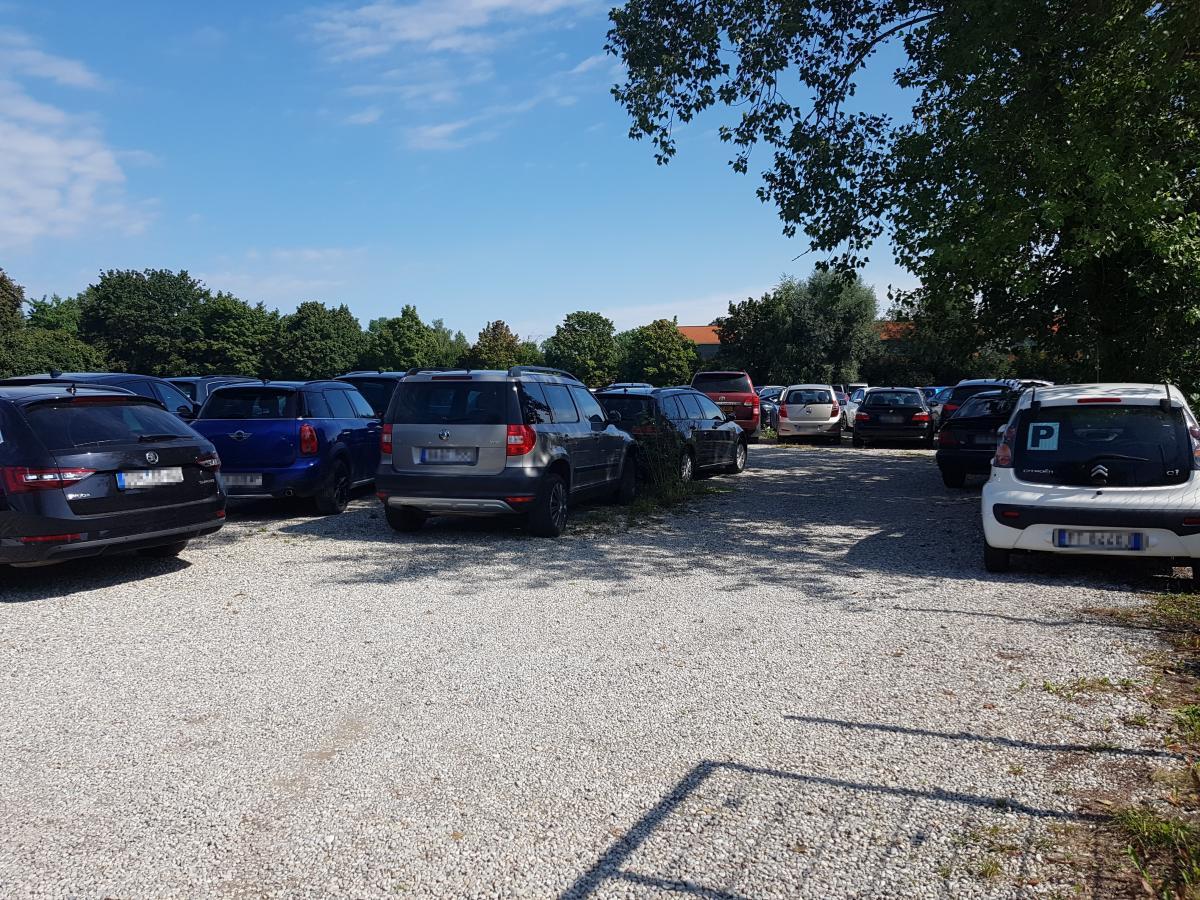 Außenparkplatz Parkadler Außenstellplatz