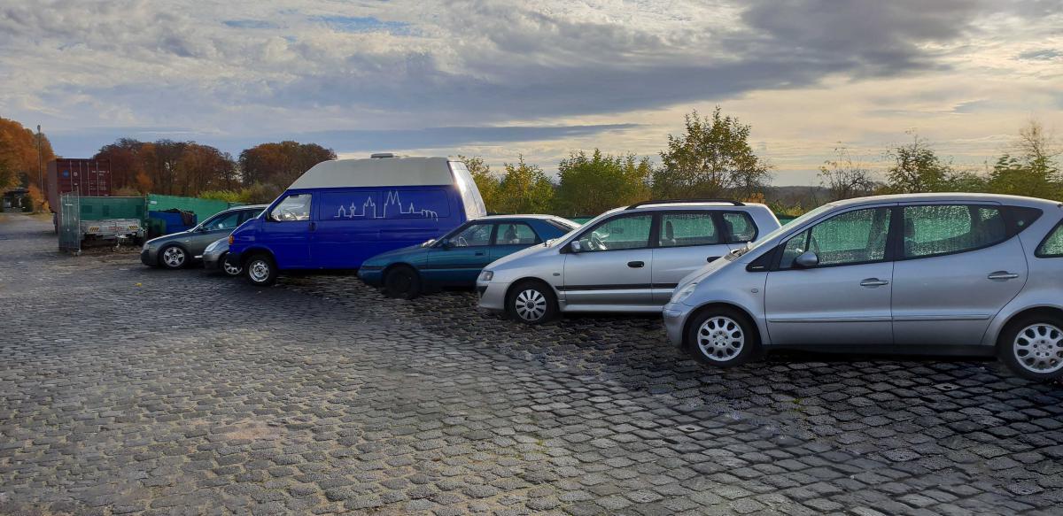 Außenparkplatz Parking Airea Weekend - Shuttle
