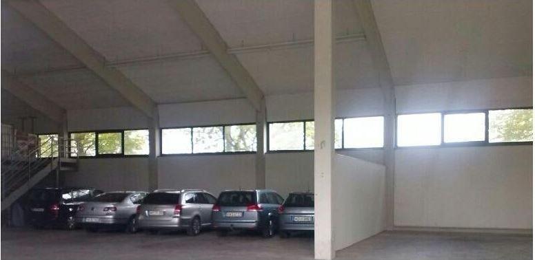 Hallenparkplatz Holiday Park & Fly - Überdacht