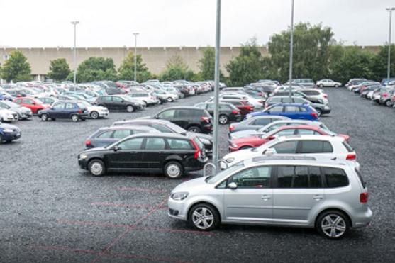 Außenparkplatz Drive & Park Dortmund