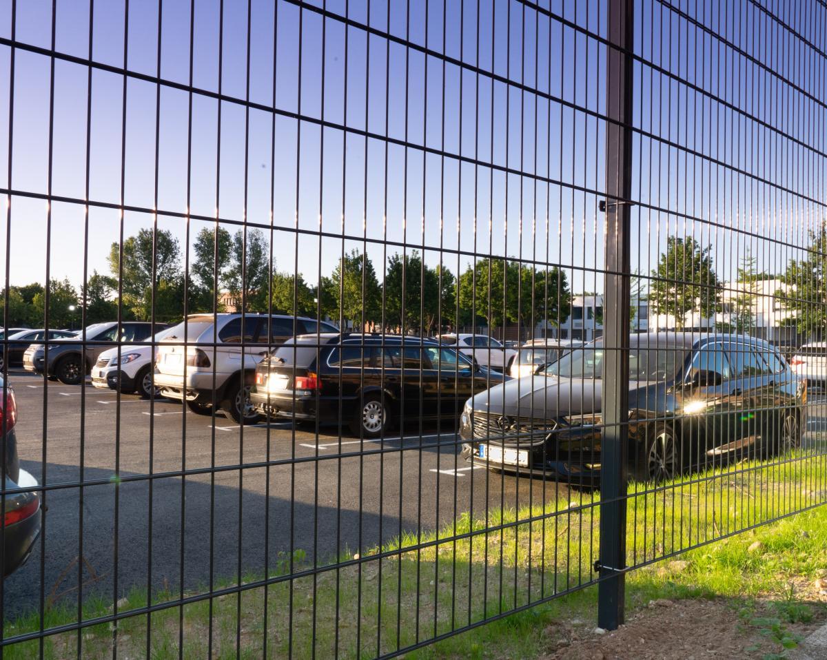 Außenparkplatz Drive & Park Düsseldorf