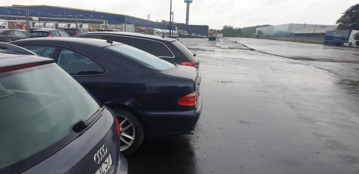 Außenparkplatz Parking Airea